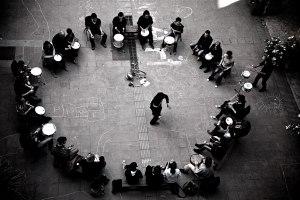 us-barcelona_drum-circle
